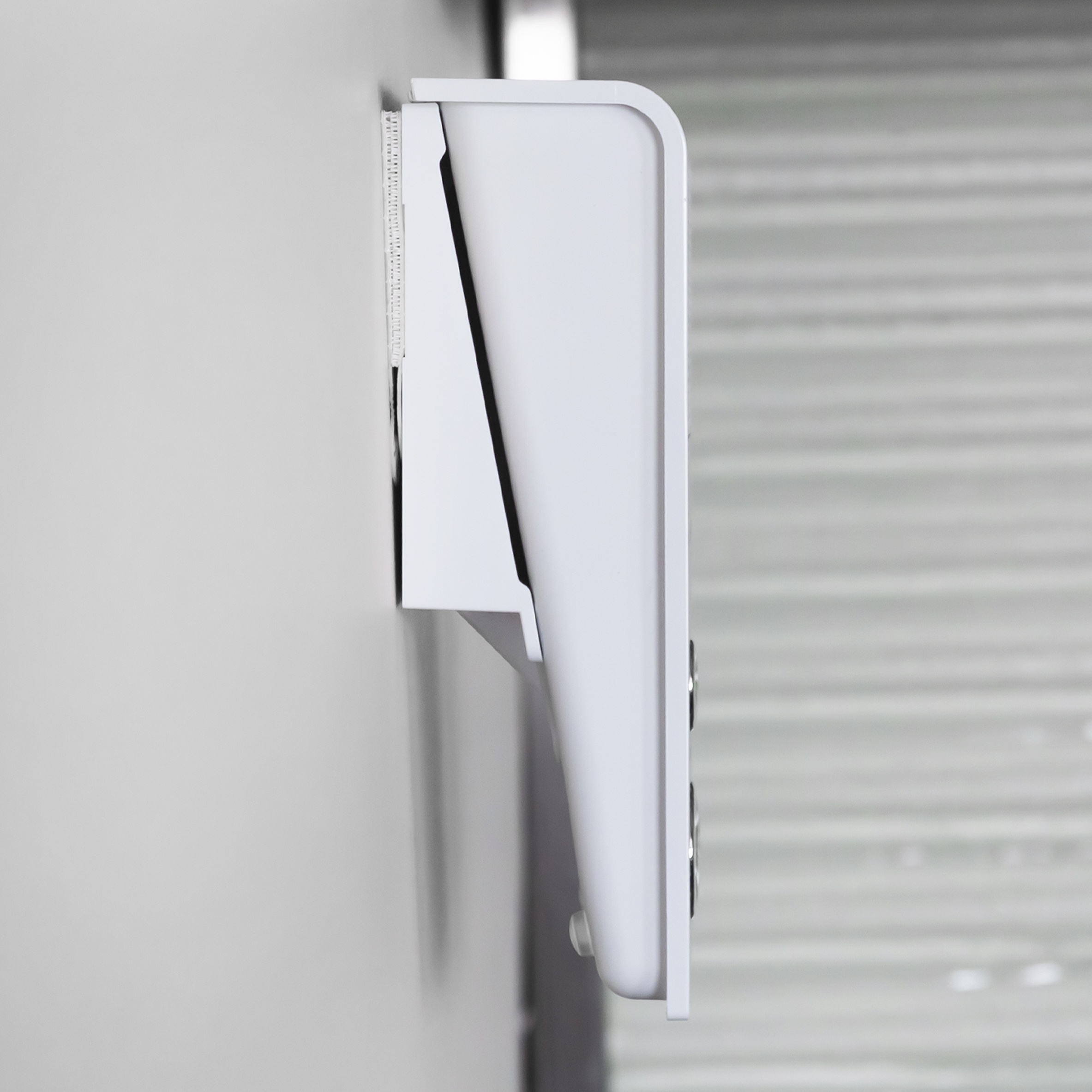 SEVEN wall bracket side view